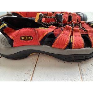 Keen Shoes - KEEN RED NEWPORT WATER SPORT SANDALS SZ 10